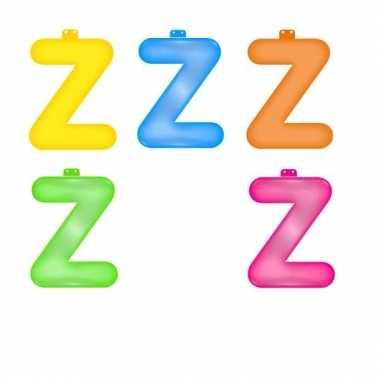 Gekleurde opblaas letters z