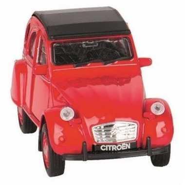 Goki rood citroen 2cv speelgoedautootje dicht dak 11 cm