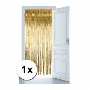 Gouden versiering deur gordijn