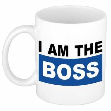 Grappige i am the boss koffiemok / theebeker blauw 300 ml