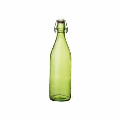 Groene giara fles