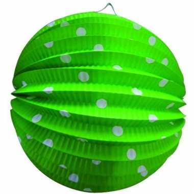 Groene party lampionnen met witte stippen