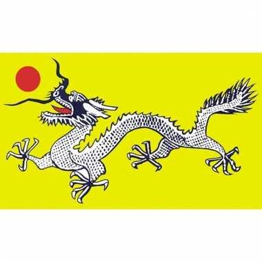 Groene vlag met zwart/witte draak 90 x 150 cm