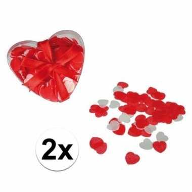 Kado rode hartjes confetti voor in bad 40 gram
