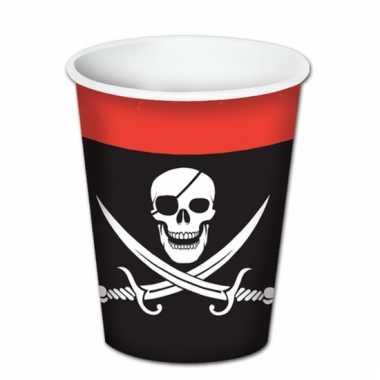Kartonnen piraten bekers