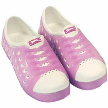 Kinder waterschoen van het merk slazenger in roze/wit
