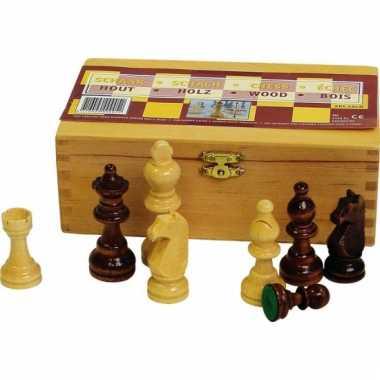 Kistje met schaakstukken