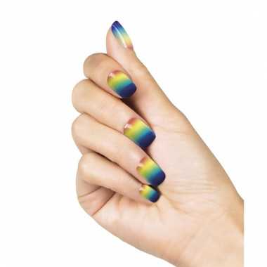Kunstnagel set in regenboog kleuren