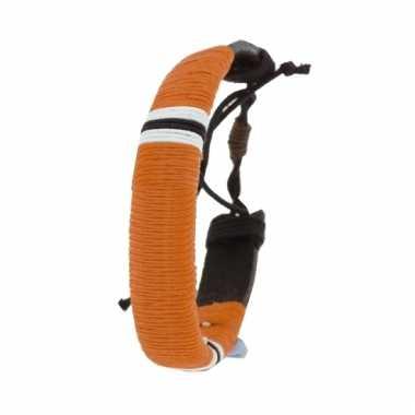 Leren hippie armbandje oranje 7 cm