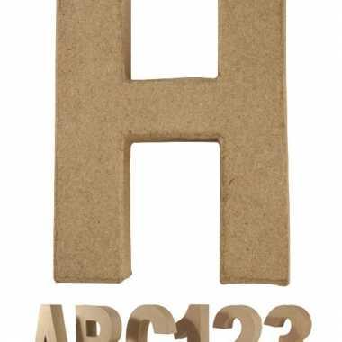 Letter h van papier mache voor decoratie