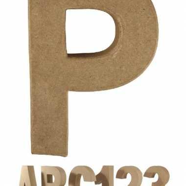 Letter p van papier mache voor decoratie
