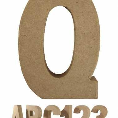 Letter q van papier mache voor decoratie