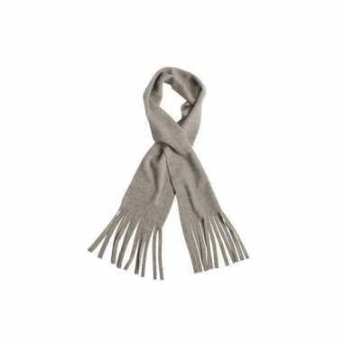 Licht grijze winter fleece sjaal met franjes