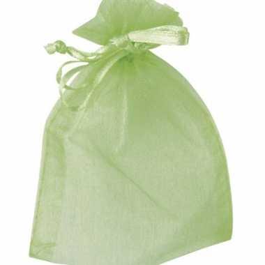 Licht groene bruiloft zakjes van organza