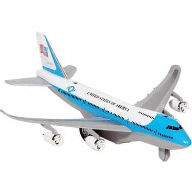 Lichtblauw model vliegtuig met licht en geluid