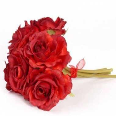 Luxe kunst boeket met rode roosjes