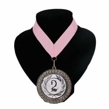 Medaille nr. 2 halslint roze