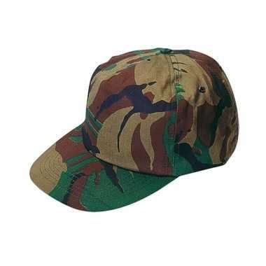 Militaire cap met camouflage