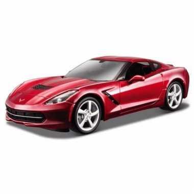 Model auto chevrolet corvette 1:43 rood