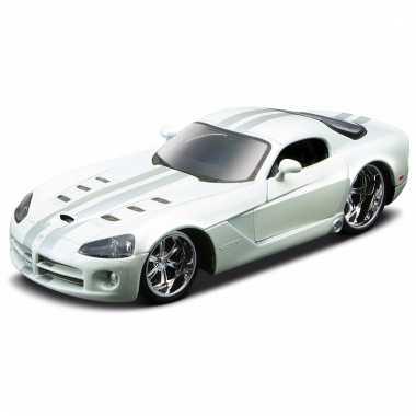 Model auto dodge viper srt-10 1:32
