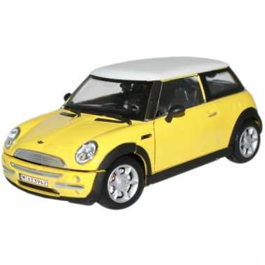 Model auto mini cooper geel 1:24