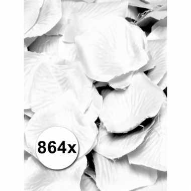 Mooie witte rozen blaadjes pakket