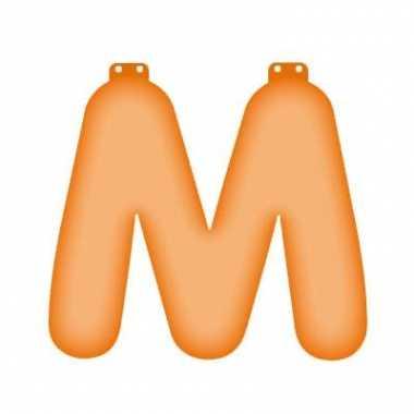 Oranje opblaasbare letter m