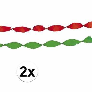 Rode en groene feest slingers