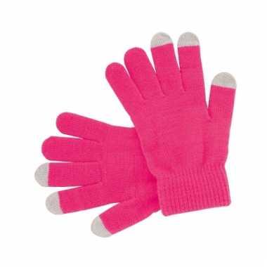 Roze handschoenen voor je mobiel