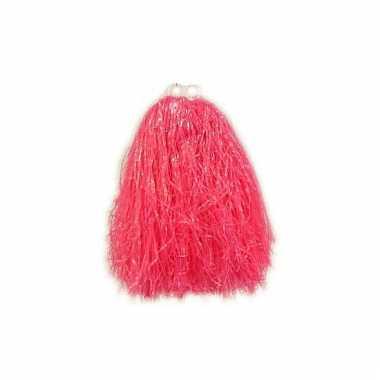 Roze pompom voor kinderen