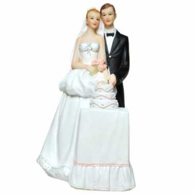 Spaarpotten bruidspaar met taart