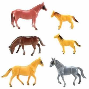Speelgoed paardjes van plastic 5 stuks