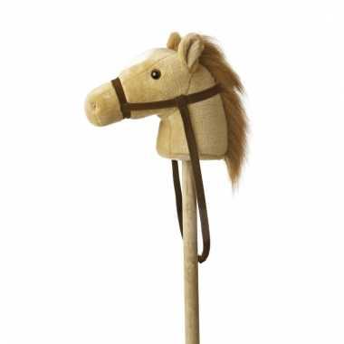 Speelgoed stokpaardje beige pony met geluid 94 cm