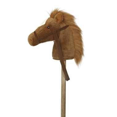 Speelgoed stokpaardje bruine pony met geluid 94 cm