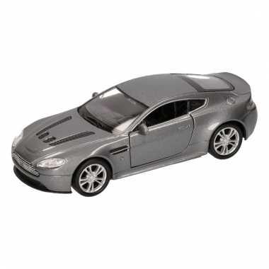 Speelgoedauto aston martin vantage v12 grijs 12 cm
