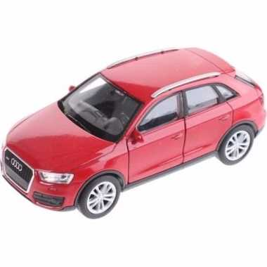 Speelgoedauto audi q3 rood 12 cm