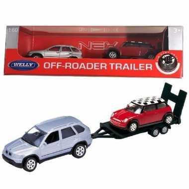 Speelgoedauto bmw met auto op aanhanger 1:60