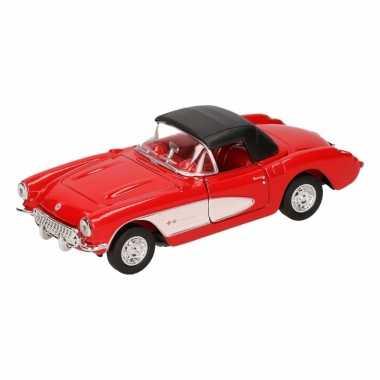 Speelgoedauto chevrolet corvette 1957 gesloten cabrio rood 12 cm