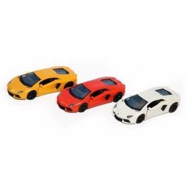 Speelgoedauto lamborghini aventador lp700-4 geel 12 cm