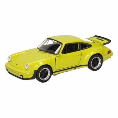 Speelgoedauto porsche 911 turbo groen 12 cm
