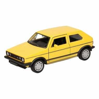 Speelgoedauto volkswagen golf i gran turismo geel 12 cm