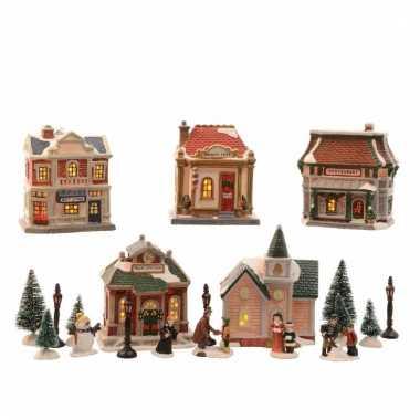 Verlichte kerstdorp winkeltjes met diverse figuren 45 cm