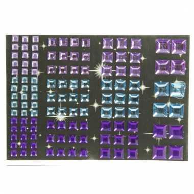 Vierkante plakjuwelen paars en blauw