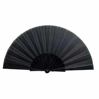 Voordelige waaier zwart 23 cm