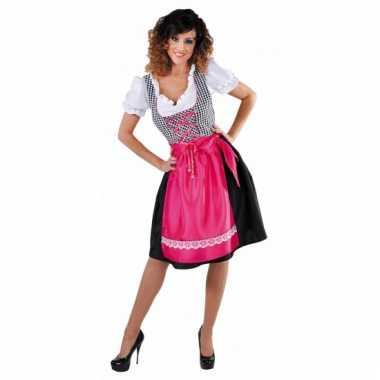 Zwart tiroler jurkje met roze schort