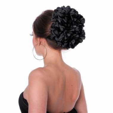 Zwarte bloemenklem voor in het haar