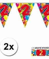 2 x leeftijd vlaggenlijnen 2 jaar met sticker