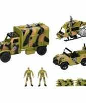 Afgeprijsde legervoertuigen en poppetjes 8 delig