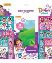 Afgeprijsde stickerboek dora