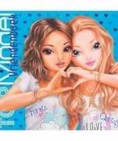 Afgeprijsde vriendschapsboek topmodel blauw 21 cm